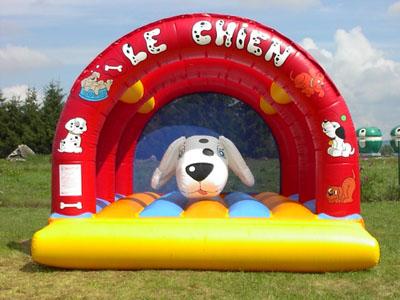 chien pour enfants de 6 12 ans tikaloc location de jeux gonflables de produits de. Black Bedroom Furniture Sets. Home Design Ideas