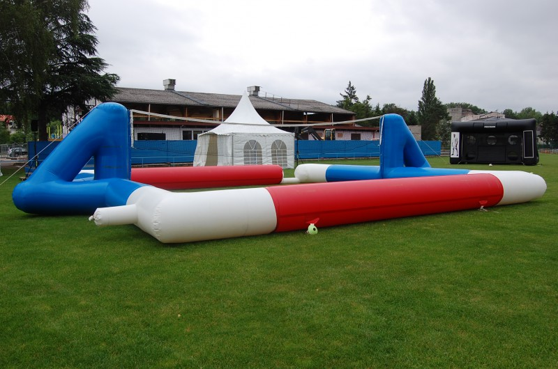 Terrain de tennis/volley (10*10m)