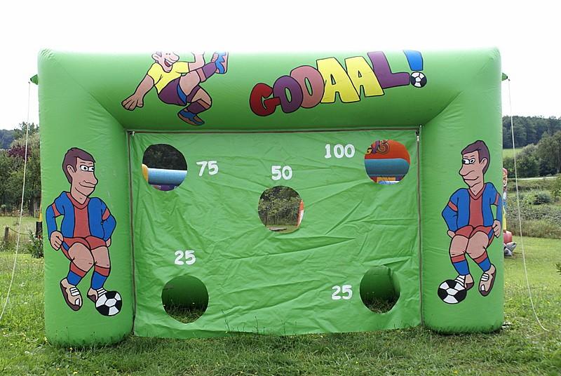 tir au but petit animations football tikaloc location de jeux gonflables de produits de. Black Bedroom Furniture Sets. Home Design Ideas